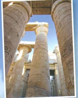 В сооружение I зала внесли свой вклад три фараона - Рамсес I, Сети I и Рамсес II